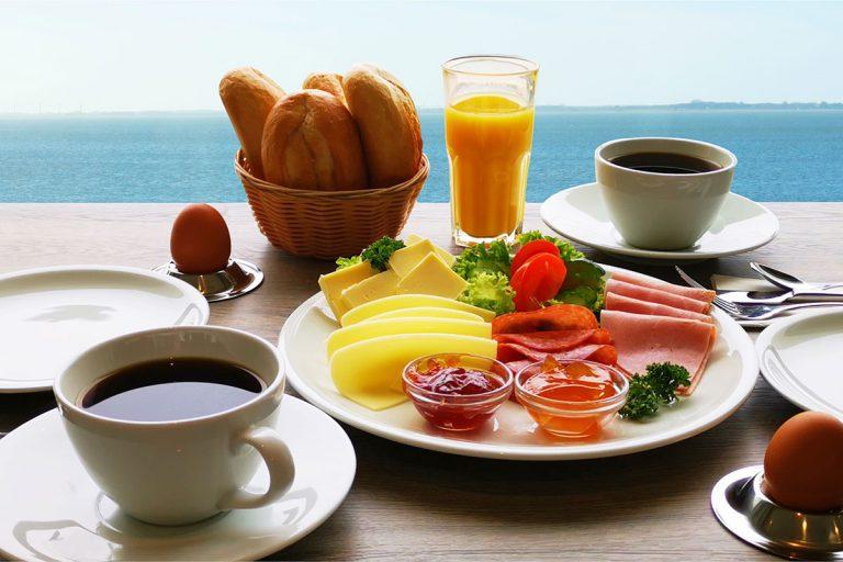 Frühstück-2019-1200x800